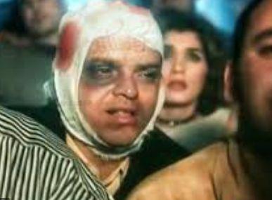 صورة أخرى ل هنيدى تعبيراً عن سوء الحال والصدمات