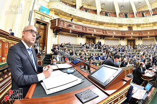 الجلسة المسائية بحضور عاصم الجزار وزير الاسكان (3)
