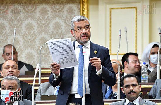الجلسة المسائية بحضور عاصم الجزار وزير الاسكان (2)