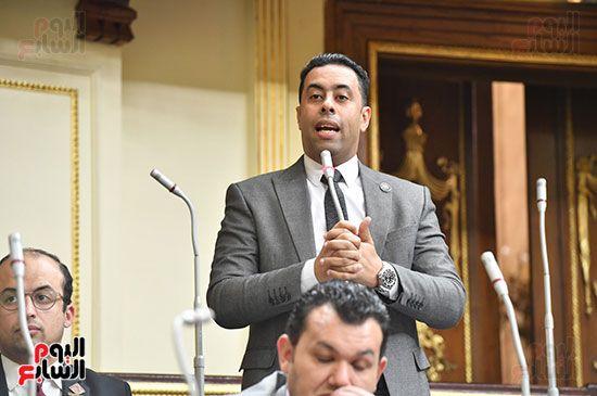 الجلسة المسائية بحضور عاصم الجزار وزير الاسكان (11)