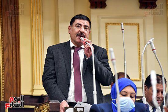 الجلسة المسائية بحضور عاصم الجزار وزير الاسكان (17)