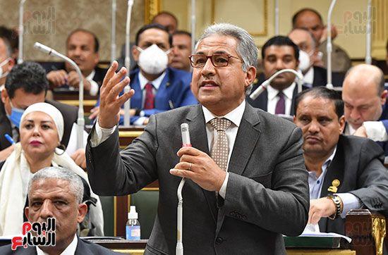 الجلسة المسائية بحضور عاصم الجزار وزير الاسكان (4)