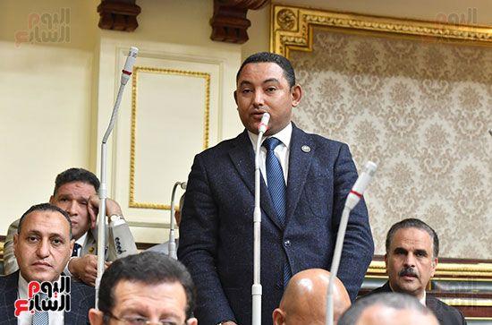 الجلسة المسائية بحضور عاصم الجزار وزير الاسكان (15)