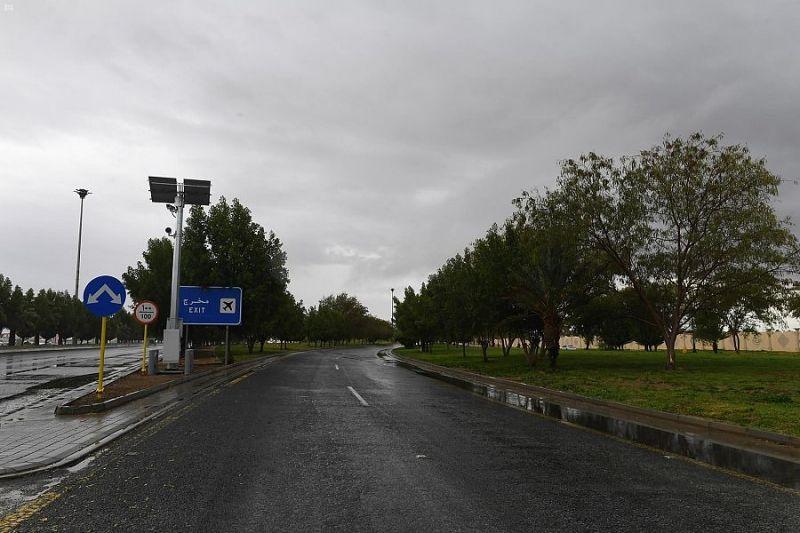 أمطار غزيرة مصحوبة بزخات من البرد على مدينة تبوك 2