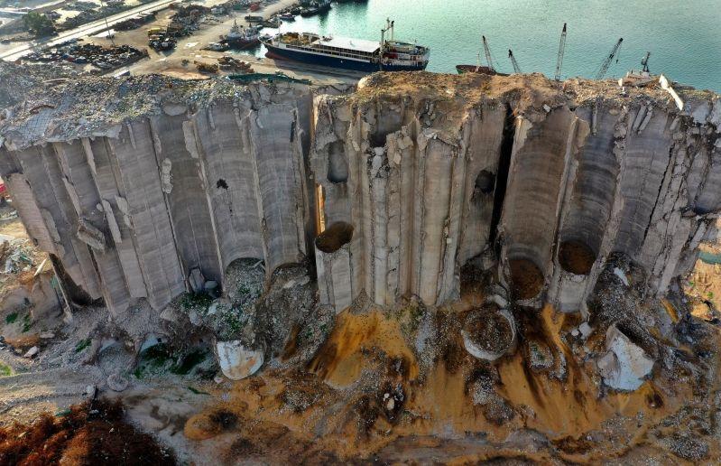 شركة ألمانية: ما وجدناه بمرفأ بيروت قنبلة ثانية مدمرة