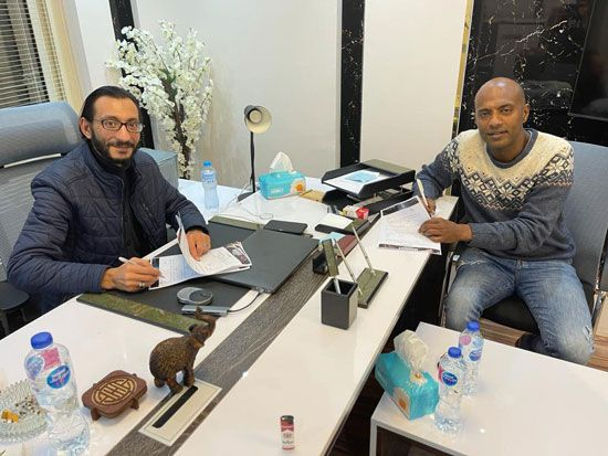 الفنان أمير صلاح الدين ينضم لأسرة فيلم أمير أل هارون (4)
