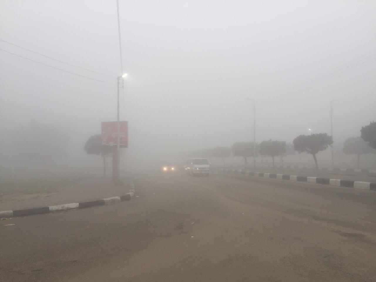 غلق طريق الإسماعيلية – القاهرة (3)
