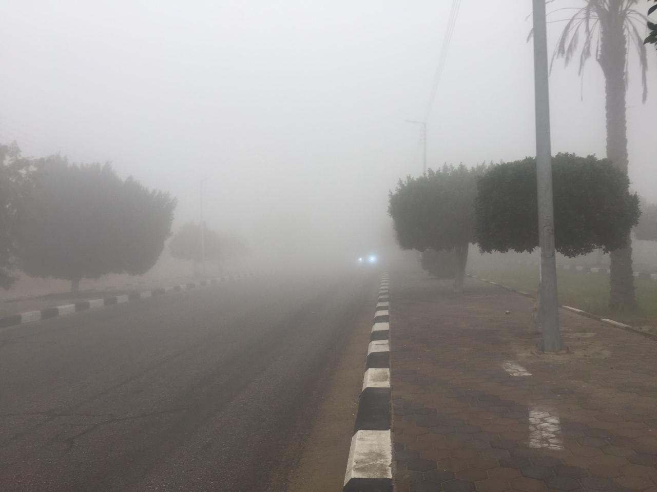 غلق طريق الإسماعيلية – القاهرة (2)