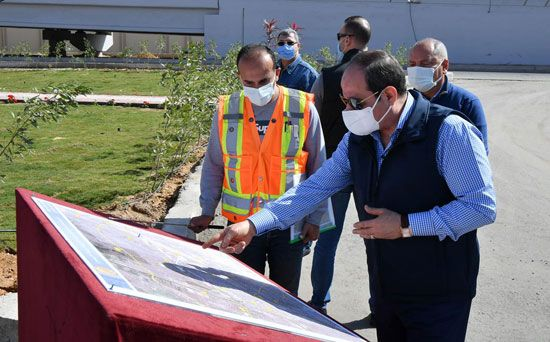 الرئيس السيسي يتفقد مشروع تطوير محور مسطرد بمنطقة شرق القاهرة (9)
