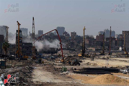 رئيس الوزراء يتابع أعمال تطوير منطقة سور مجرى العيون (5)