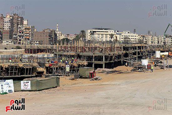 رئيس الوزراء يتابع أعمال تطوير منطقة سور مجرى العيون (7)