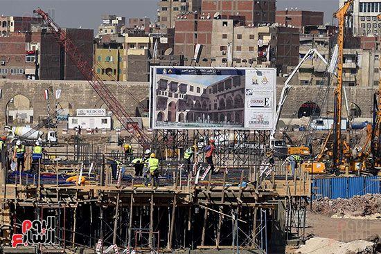 رئيس الوزراء يتابع أعمال تطوير منطقة سور مجرى العيون (4)