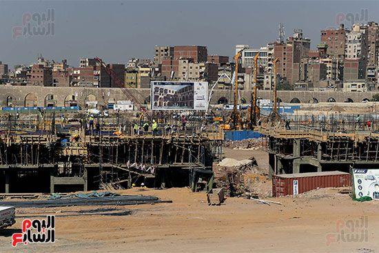 رئيس الوزراء يتابع أعمال تطوير منطقة سور مجرى العيون (3)