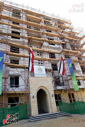 رئيس الوزراء يتابع أعمال تطوير منطقة سور مجرى العيون (17)
