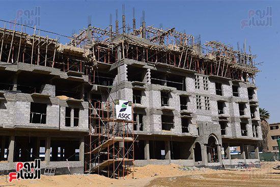 رئيس الوزراء يتابع أعمال تطوير منطقة سور مجرى العيون (1)