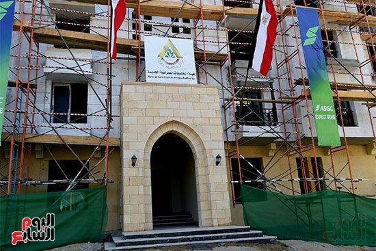 رئيس الوزراء يتابع أعمال تطوير منطقة سور مجرى العيون (18)