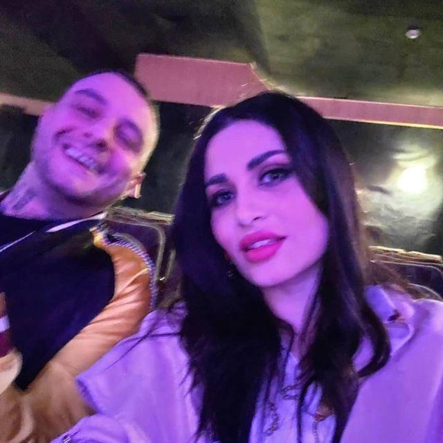 أحمد الفيشاوي بصحبة زوجته