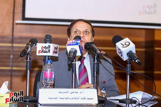 وزير الأوقاف يكرم أئمة وواعظات قافلة الأوقاف (21)