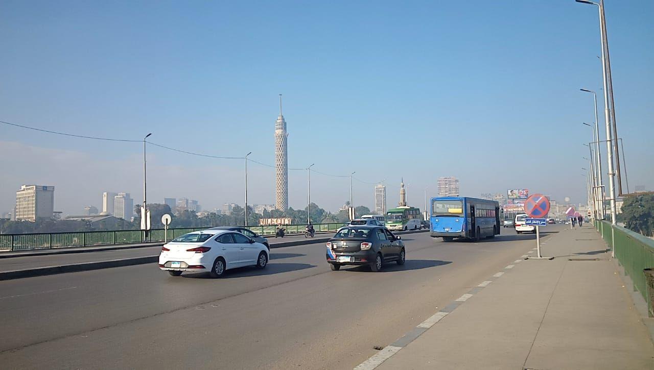 انتظام حركة السيارات أعلى كوبرى أكتوبر (6)