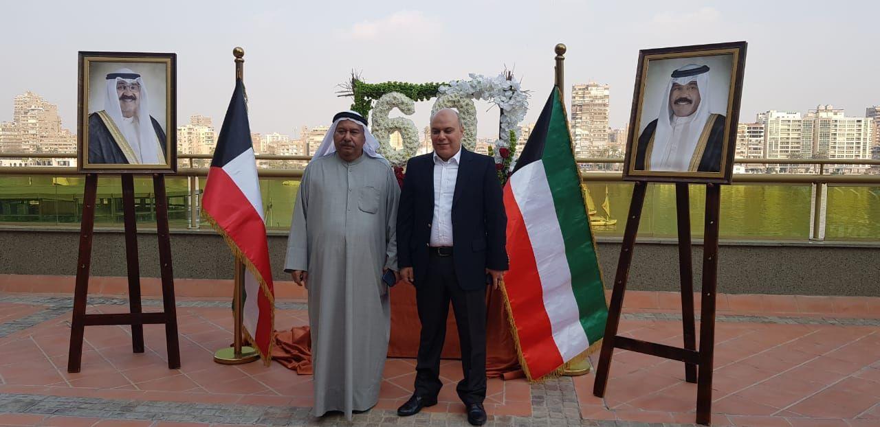 السفير الكويتى محمد صالح الذويخ والمستشار الإعلامى للسفارة عبد الغنى صلاح