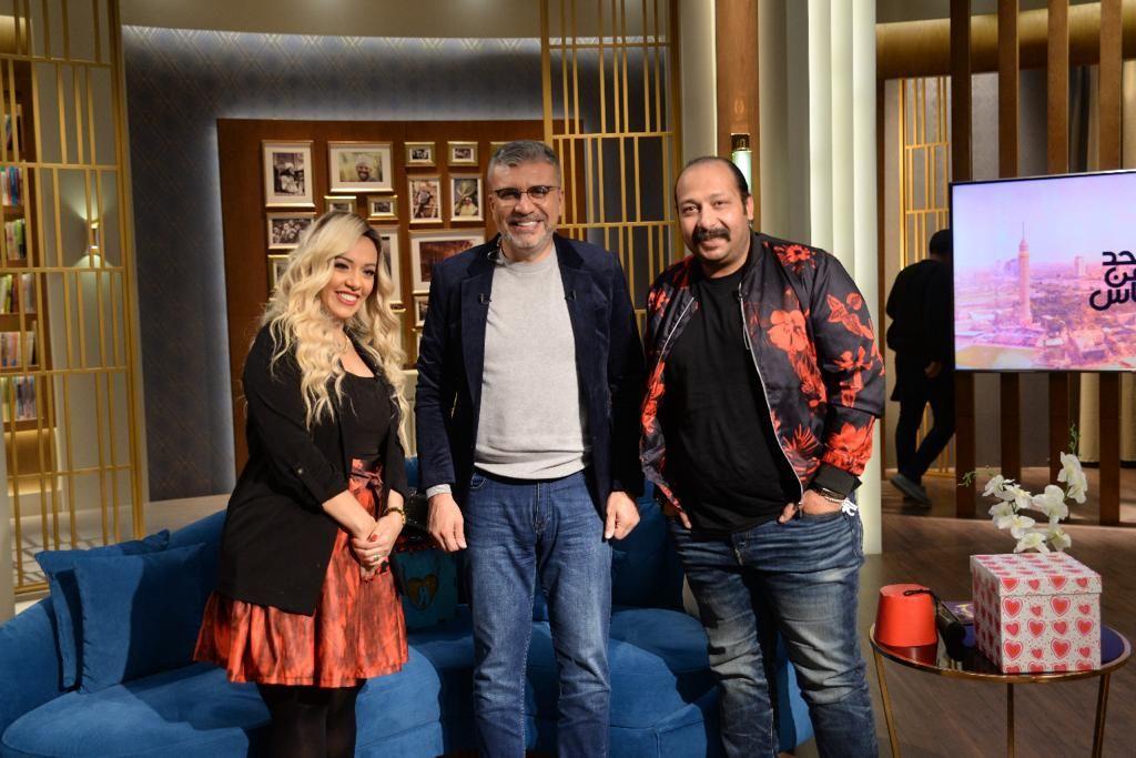 عمرو الليثى و محمد ثروت و زوجته منى