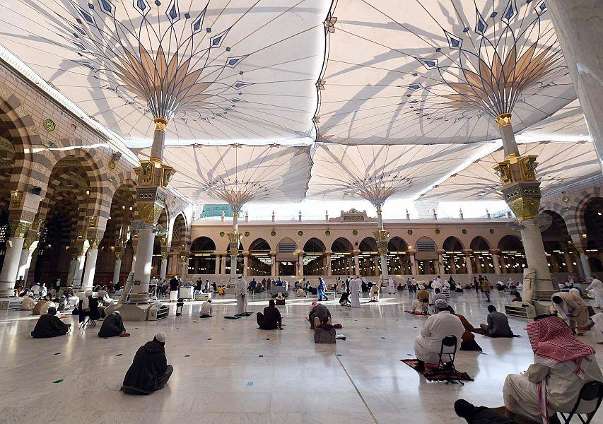 الحصوة في المسجد النبوي