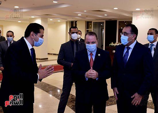رئيس الوزراء يزور مقر النائب العام لمتابعة جهود التحول الرقمى (2)
