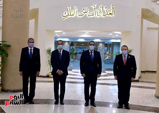 رئيس الوزراء يزور مقر النائب العام لمتابعة جهود التحول الرقمى (9)