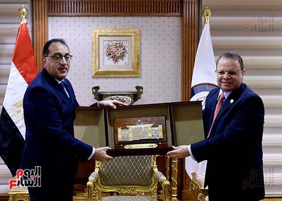 رئيس الوزراء يزور مقر النائب العام لمتابعة جهود التحول الرقمى (11)