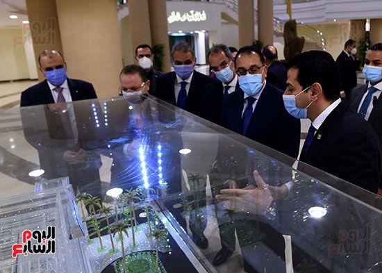 رئيس الوزراء يزور مقر النائب العام لمتابعة جهود التحول الرقمى (6)