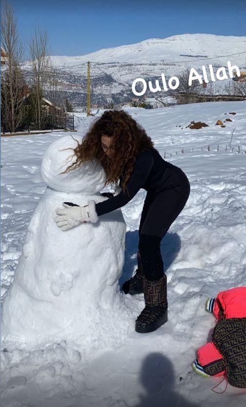 ميريام فارس تستمتع بوقتها وسط الثلوج