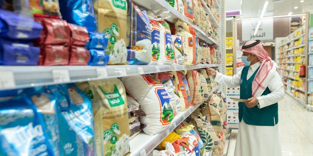 التجارة: وفرة عالية في السلع والمنتجات الرمضانية وبدائلها في مختلف الأسواق