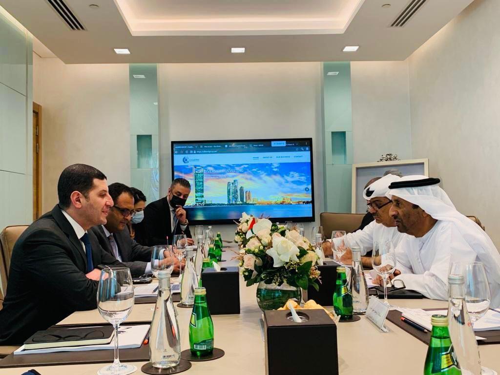 خلال اللقاءات مع المستثمرين الإماراتيين (1)