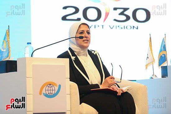 الدكتورة هالة زايد وزيرة الصحة (4)