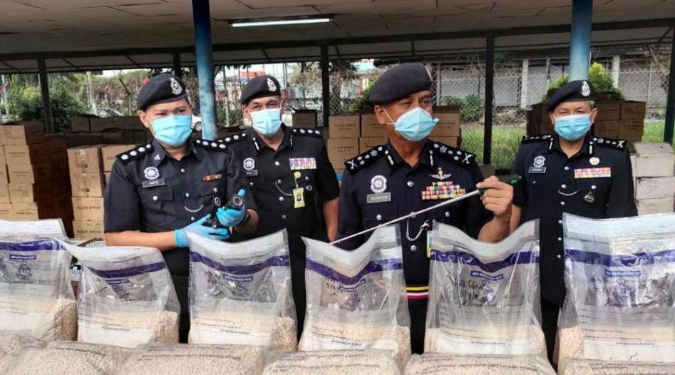 مكافحة المخدرات السعودية تقود ماليزيا لإحباط تهريب أكثر من 3 ملايين قرص أمفيتامين