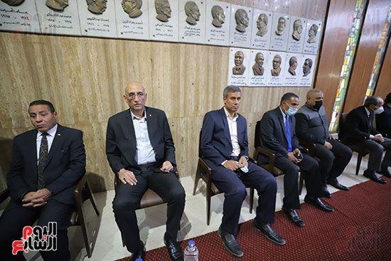 عزاء الكاتب الصحفى مكرم محمد أحمد (6)