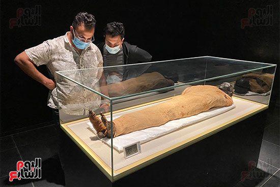 المومياوات الملكية متاحة لاستقبال الزوار بالمتحف القومى للحضارة (14)
