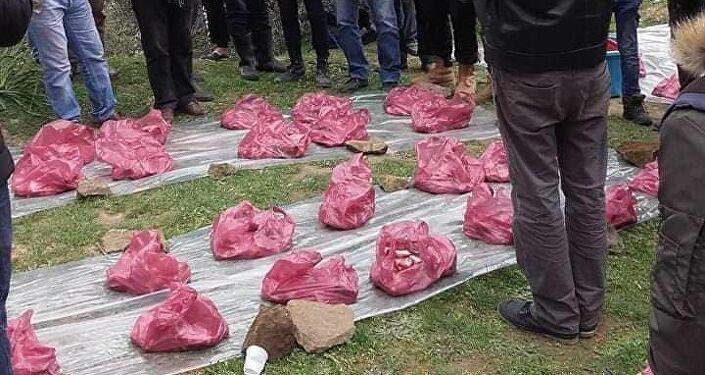 النفقة... عادة أمازيغية يتوارثها الجزائريون لتوزيع اللحوم على الفقراء والأغنياء