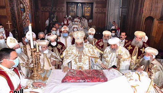 قداس عيد القيامة المجيد (11)
