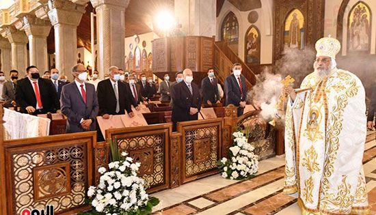 قداس عيد القيامة المجيد (19)