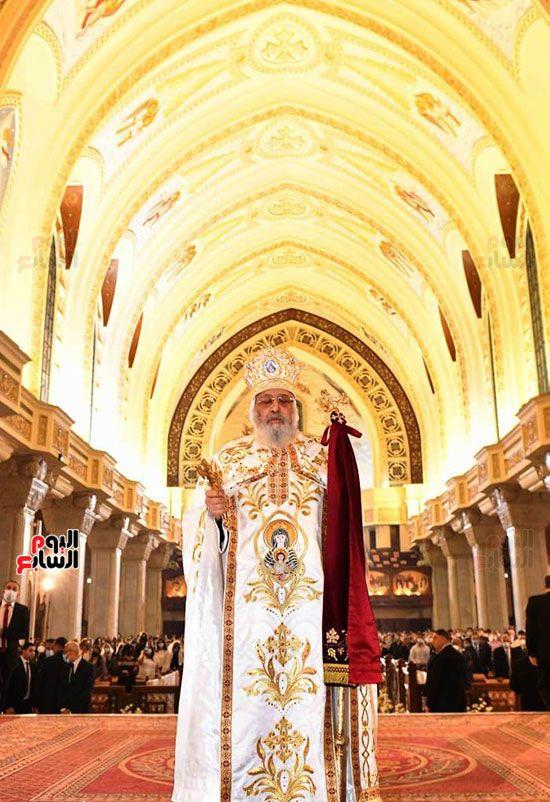 قداس عيد القيامة المجيد (13)