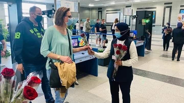 وفود سياحية قادمة من المانيا لمطار الغردقة الدولى (2)