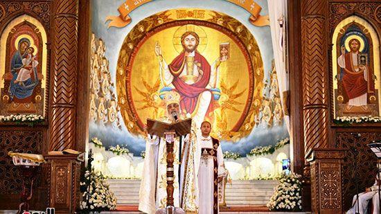 قداس عيد القيامة المجيد (16)