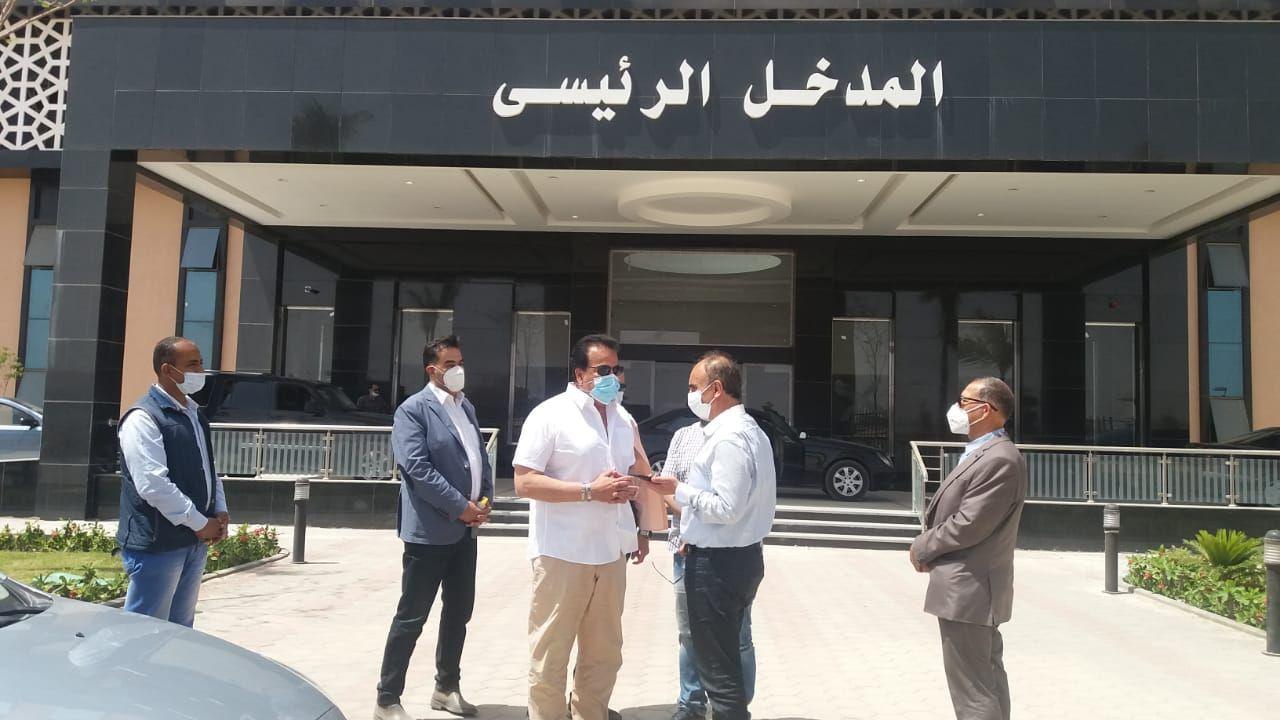 الدكتور خالد عبد الغفار والدكتور عثمان شعلان رئيس جامعة الزقازيق