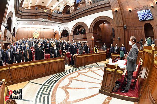 الجلسة العامة لمجلس الشيوخ (7)