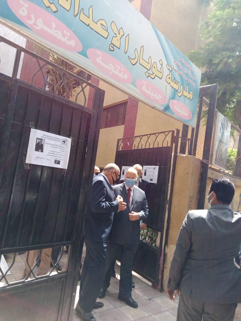 محافظ القاهرة بعد تفقد الامتحانات