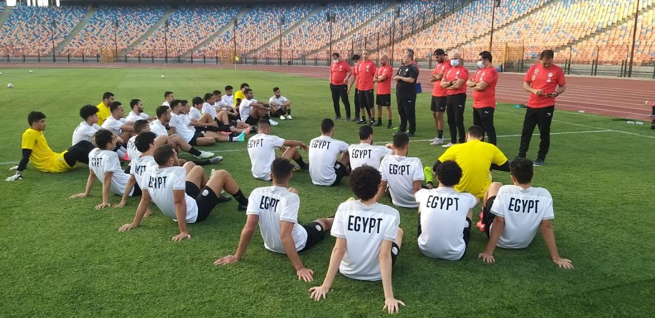 تدريب المنتخب الأولمبى (1)