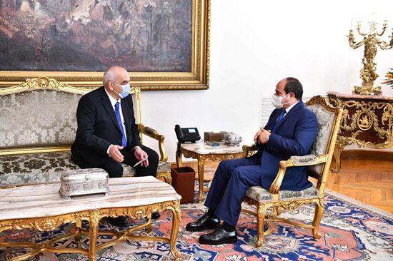 الرئيس السيسي يشهد أداء المستشار حسين مصطفى فتحي اليمين الدستورية رئيسا لجهاز شؤون الدولة (6)