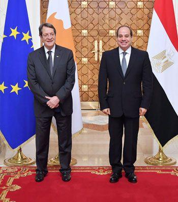 جلسة مباحثات ثنائية بين الرئيس السيسي ونظيره القبرصي في القصر الاتحادي (3)