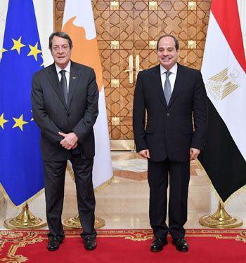 جلسة مباحثات ثنائية بين الرئيس السيسي ونظيره القبرصي في القصر الاتحادي (1)
